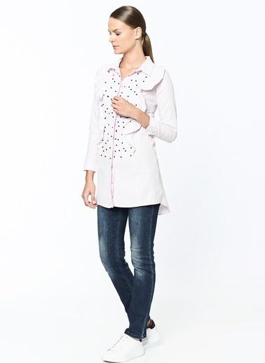 Volan Detaylı İşlemeli Uzun Gömlek-Dewberry